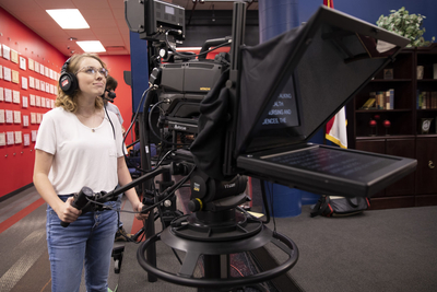 Students gain real-world experience with Vinten camera and Autocue teleprompter