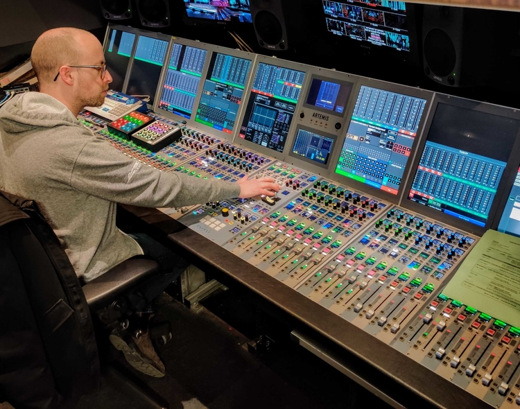 Audio mixing and sound broadcasting