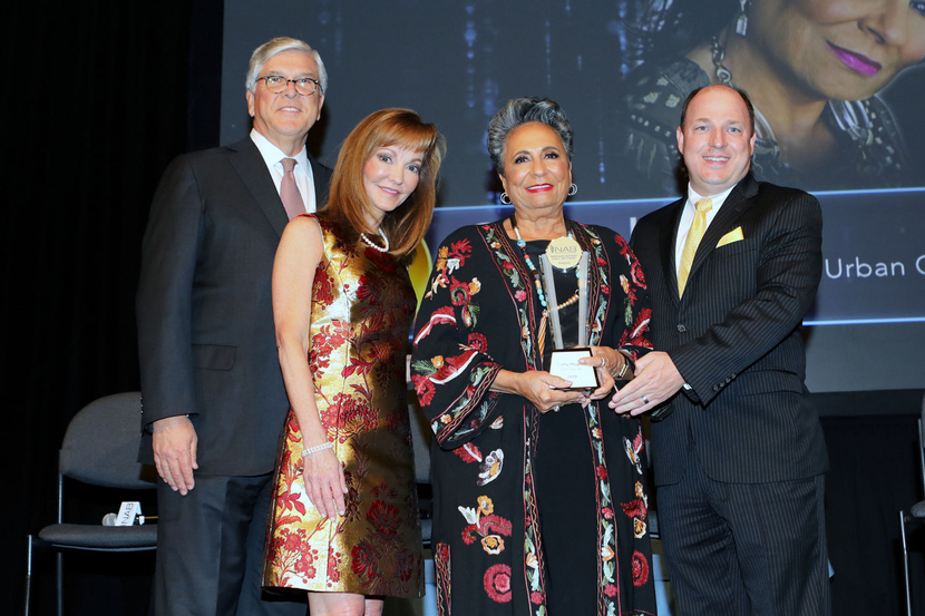 Achievement in broadcasting awarded to Cathy Hughes