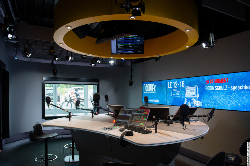 RadioFr and TV 'La Télé,' SLG build first all-IP media house with Lawo