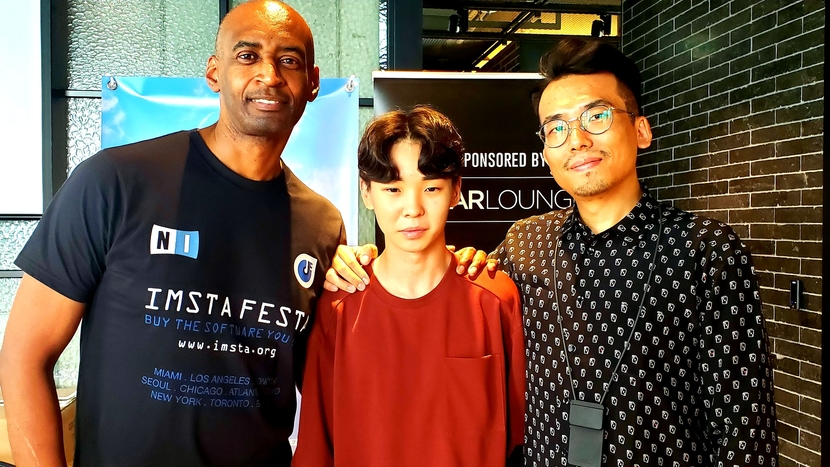 Ray Williams from IMSTA (left), Lee Byung Wook (center), and Junghwa Lee, president of Gearlounge (right)