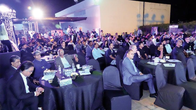 Shashi Enterprises, CDM Technologies & Solutions, Sun broadcast, Rahul Commerce, Cineom Broadcast India, Ascom Systems, Best Regional Distributor, Cinthamani Computer, Prime Focus Limited, Best Rental Company, Java Motion Pictures, Light N Light